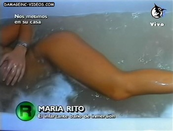 Maria Eugenia Rito nude and playful in the water