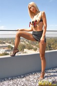 Sammie Rhodes & Sunny Leone - On Top Of The World